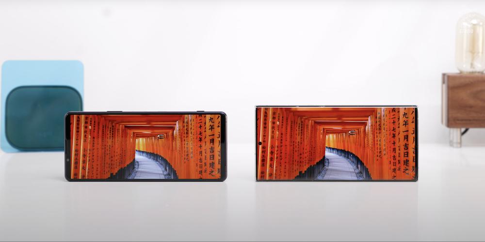 So sánh với Samsung Galaxy Note 20 Ultra
